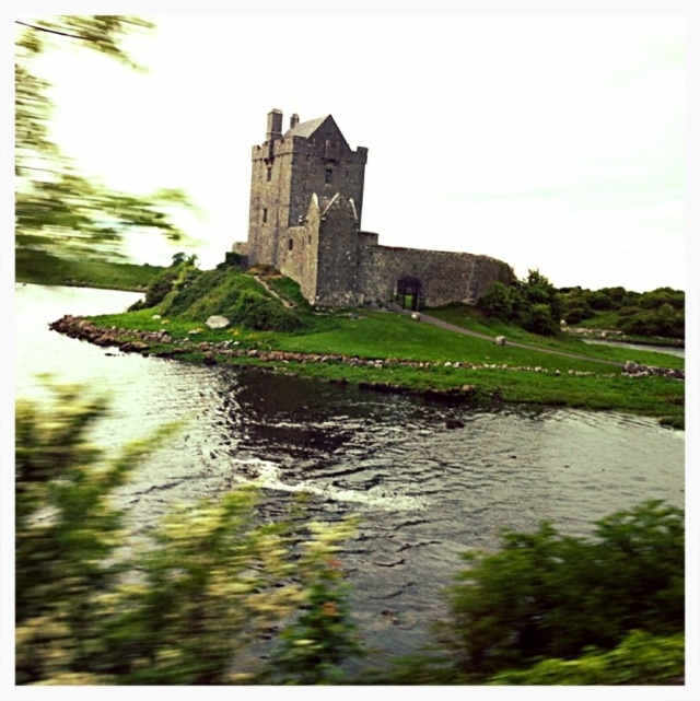 A Tramp's Abroad: Random Irish Castle