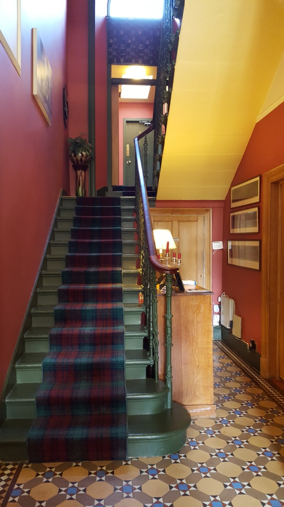 Foyer, Appin House