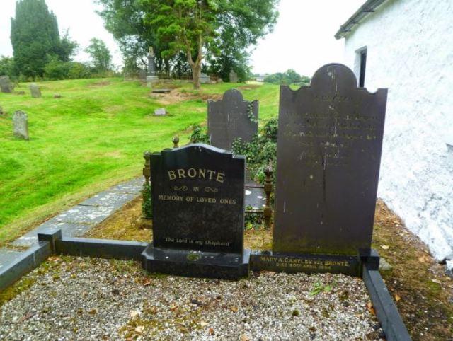 Drumballyroney cemetery